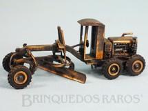 1. Brinquedos antigos - Juê - Motoniveladora Huber Warco 10-D com 11,00 cm de comprimento Década de 1970