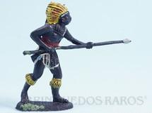 1. Brinquedos antigos - Casablanca e Gulliver - Nativo avançando com lança Série África Misteriosa Década de 1970