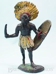 1. Brinquedos antigos - Casablanca e Gulliver - Nativo com faca e escudo Série África Misteriosa