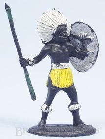 1. Brinquedos antigos - Casablanca e Gulliver - Nativo com Lança e Escudo Série África Misteriosa Década de 1970