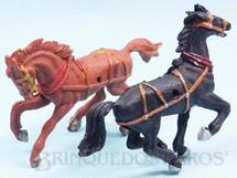 Brinquedos Antigos - Casablanca e Gulliver - Par de Cavalos com furo lateral para Carro�as Gulliver D�cada de 1970