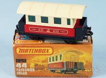 Brinquedos Antigos - Matchbox - Passenger Coach Superfast