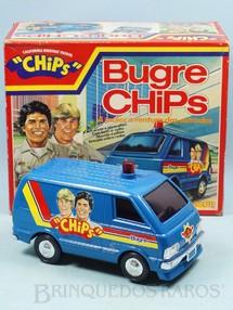 1. Brinquedos antigos - Glasslite - Perua Bugre Chips com 21,00 cm de comprimento Sistema Bate e Volta Década de 1980