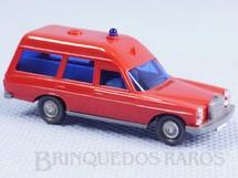 1. Brinquedos antigos - Wiking - Perua Mercedes Bens 200 Década de 1980