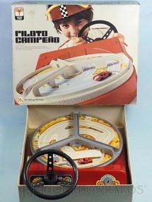 1. Brinquedos antigos - Trol - Piloto Campeão Segunda Versão perfeito estado completo com Chave e Carro Década de 1970