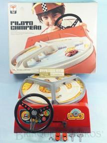 Brinquedos Antigos - Trol - Piloto Campeão Segunda Versão perfeito estado completo com Chave e Carro reserva Década de 1970