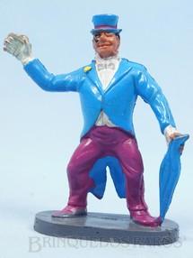 1. Brinquedos antigos - Casablanca e Gulliver - Pinguin de plástico pintado Década de 1970