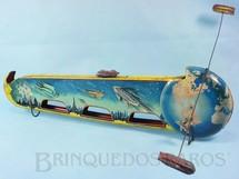 1. Brinquedos antigos - Technofix - Pista Espacial Viagem da Terra à Lua Voyage To The Moon 49,00 cm de comprimento Versão com 3 naves espaciais Ano 1951 Importada e distribuída pela Estrela Catálogo 1953