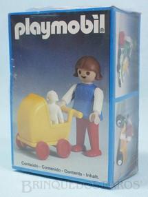1. Brinquedos antigos - Trol - Playmobil Menina com Carrinho de Bebe Caixa Lacrada  Década de 1980
