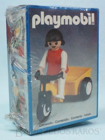 1. Brinquedos antigos - Trol - Playmobil Menina com Triciclo Caixa Lacrada  Década de 1980