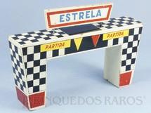 1. Brinquedos antigos - Estrela - Portal de Partida Ornamento para pistas de Autorama Ano 1963