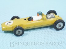 1. Brinquedos antigos - Dinky Toys - Réplica amarela do Cooper Racing Car Brazilian Dinky Toys número 240 Fabricado pela Brosol Carburadores na Década de 1970
