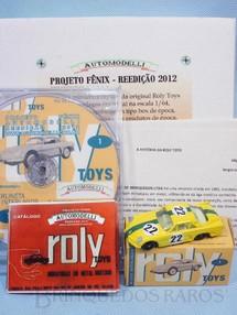 1. Brinquedos antigos - Automodelli - Roly Toys Willys Interlagos Berlineta com 7,00 cm de comprimento Número 22 Equipe Willys pilotado por Bird Clemente Réplica Automodelli acompanha Catálogo texto Histórico e CD com entrevistas Ano 2012