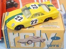 1. Brinquedos antigos - Automodelli - Roly Toys Willys Interlagos Berlineta com 7,00 cm de comprimento Número 22 Equipe Willys pilotado por Bird Clemente Réplica Automodelli Ano 2012