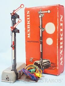 1. Brinquedos antigos - Marklin - Sinaleiro duplo Automático interrompe a linha e para o trem quando a luz estiver vermelha