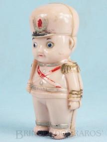 1. Brinquedos antigos - Beija Flôr - Soldado Chocalho com 9,00 cm de altura Coleção Miguel Cerrato Década de 1950