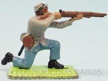 1. Brinquedos antigos - Britains - Soldado Confederado Guerra de Secessão ajoelhado atirando com fuzil Série Deetail Década de 1970