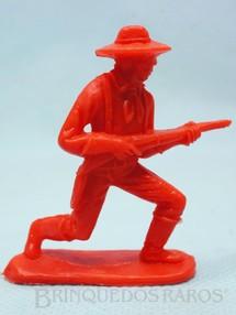 1. Brinquedos antigos - Casablanca e Gulliver - Soldado da Sétima Cavalaria avançando com rifle Plástico vermelho Década de 1980