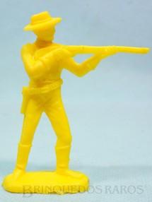 1. Brinquedos antigos - Casablanca e Gulliver - Soldado da Sétima Cavalaria de pé atirando com rifle  Plástico amarelo Década de 1980