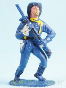 Brinquedos Antigos - Casablanca e Gulliver - Soldado da 7� Cavalaria marchando com rifle