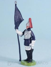Brinquedos Antigos - Britains - Soldado Lifeguard a pé com Estandarte Década de 1970
