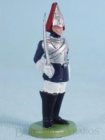 Brinquedos Antigos - Britains - Soldado Lifeguard montando guarda com espada Década de 1970
