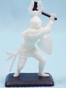 1. Brinquedos antigos - Garça - Soldado medieval com Machado e Escudo Cópia Britains Série Rei Arthur Década de 1970