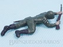 1. Brinquedos antigos - Casablanca e Gulliver - Soldado rastejando com fuzil Uniforme Brasileiro da Segunda Guerra Mundial Década de 1970