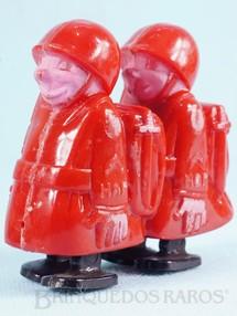 Brinquedos Antigos - Marx - Soldados Hap Hop com 7,00 cm de altura Movimento por gravidade Vers�o vermelha Cole��o Miguel Cerrato D�cada de 1950