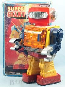 1. Brinquedos antigos - S.H. - Super Giant Robot Rotate-O-Matic com  42,00 cm de altura Década de 1970