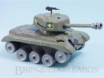 1. Brinquedos antigos - Gama - Tanque de guerra Medium Tank M98 apresenta metralhadora com faíscas e atira bolas de aço Faltam as esteiras Década de 1950
