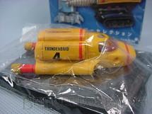 1. Brinquedos antigos - Konami - Veículo Thunderbirs FAB 4 com 8,00 cm de comprimento Década de 1990