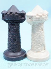 1. Brinquedos antigos - Casablanca e Gulliver - Torre para Jogo Xadrez do Rei Arthur e Xadrez do Mequinho Década de 1970 Preço por unidade