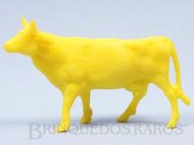1. Brinquedos antigos - Casablanca e Gulliver - Vaca de plástico amarelo Série Fazendinha Década de 1970