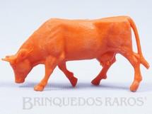 1. Brinquedos antigos - Casablanca e Gulliver - Vaca de plástico laranja Série Fazendinha Década de 1970
