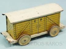 1. Brinquedos antigos - EVA - Vagão Furgão Amarelo Companhia Paulista de Estradas de Ferro com 14,00 cm de comprimento Ano 1937