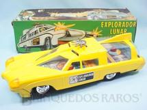 1. Brinquedos antigos - Gorgo - Veículo Carro Espacial Explorador Lunar com 32,00 cm de comprimento Carroceria de plástico sobre estrutura de lata e Interior de papel impresso Década de 1970
