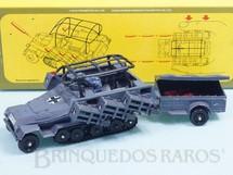 Brinquedos Antigos - Corgi Toys - Veículo Semi-Lagarta Hanomag Sdkfz 251/1 lança foguetes completo com reboque Década de 1970