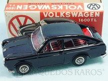 1. Brinquedos antigos - Ichimura - Volkswagen 1600 TL com 18,00 cm de comprimento preto Década de 1970