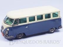 1. Brinquedos antigos - Metalma - Volkswagen Kombi com 25,00 cm de comprimento Versão Passeio Década de 1960