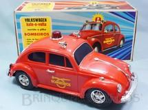 1. Brinquedos antigos - Estrela - Volkswagen Sedan com 26,00 cm de comprimento Versão Bombeiro Sistema Bate e Volta Anos 1976 a 1984