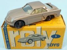 1. Brinquedos antigos - Roly Toys - Willys Interlagos Berlineta com 7,00 cm de comprimento Dourado metálico Década de 1960