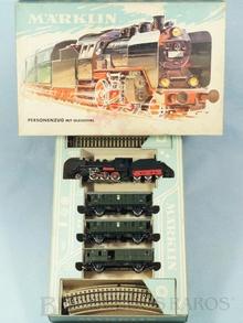 Brinquedo antigo Marklin Conjunto com Locomotiva a Vapor 3003 três vagões de passageiros e trilhos Década de 1960