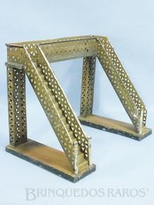 Brinquedo antigo Marklin Passarela com escadas paralelas a linha Número 2395/0 Ano 1923 a 1927 Altura 23,00 cm