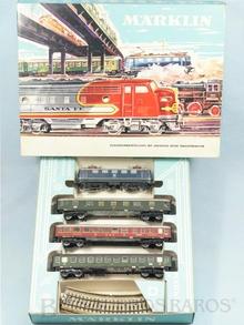 Brinquedo antigo Marklin Conjunto com Locomotiva Elétrica 3034 três vagões de passageiros e trilhos Ano 1964
