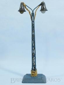 Brinquedo antigo Marklin Poste de Iluminação com duas lâmpadas Número 13452/2 Ano 1935 a 1942 Altura 25,00 cm