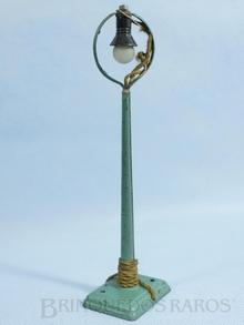 Brinquedo antigo Marklin Poste de Iluminação com uma lâmpada Número 13447 Ano 1935 a 1942 Altura 20,00 cm