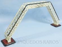 Brinquedo antigo Marklin Passarela com escadas perpendiculares a linha Número 2397/0 Ano 1927 a 1940 Altura 20,00 cm