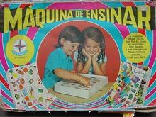 Brinquedos antigos -  - Caixa do Jogo de Perguntas e Respostas Máquina de Ensinar, fabricado pela Estrela, Brasil. Década de 1960
