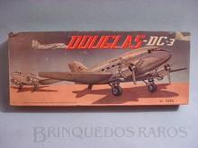 Brinquedos antigos -  - Caixa do Kit do Avião Douglas DC 3 da Varig  Fabricado pela ATMA Brasil Década de 1960
